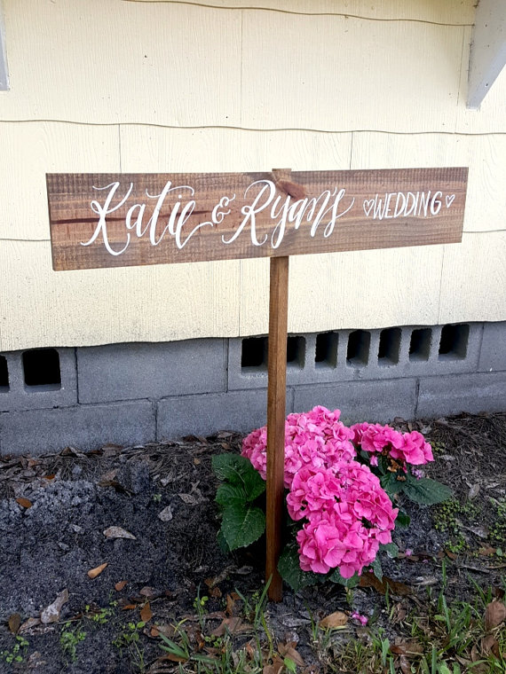 Wedding Sign 5 ideas for Handmade Wedding Signs